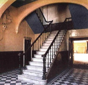 Extension Staircase 1893